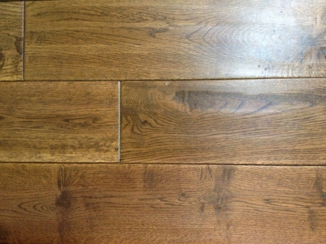 SKA Solid Oak Hand Scraped – Golden Saddle
