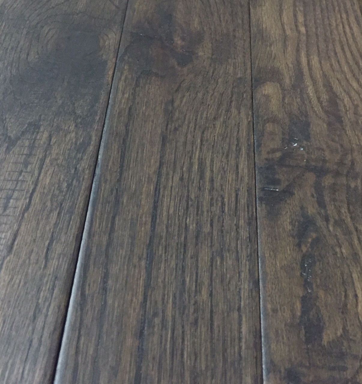 3 1 4 solid oak hand scraped distressed canada for Hand scraped wood floors